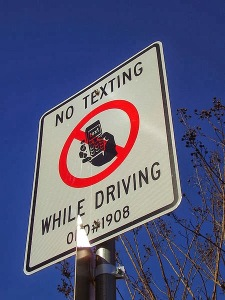 Analytical Exposition – The Dangers of Using SMS while Driving